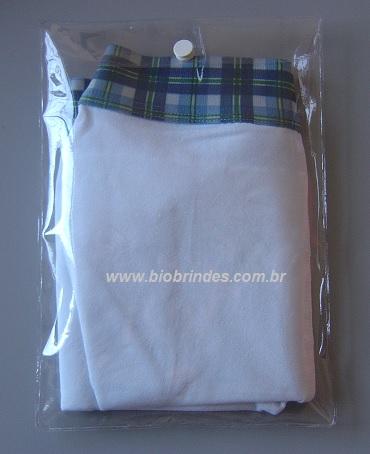 EMBALAGEM COM BOTÃO 16,0 X 22,4 +  3,2 ABA